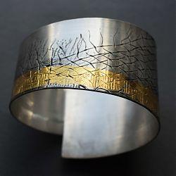 Title: Frayed I Artist: Fiona Wood Year: 2020 Medium: Silver, 23ct Yellow Gold cuff Dimensions: 6cm x 8.89cm Price: €440